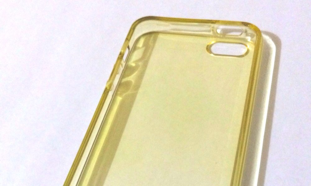 How To Clean Clear Phone Case – 6 Methods To Try